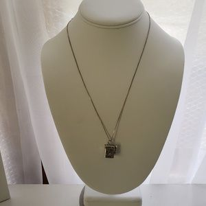 Jewelry - .925 Sterling Silver Prayer Box Necklace 18""